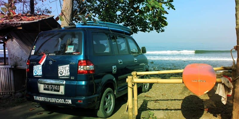 Pick up & drop off to surf spot